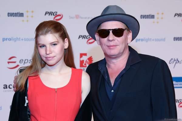 Ben Becker mit Tochter Lilith Maria Dörthe Becker beim PRG Live Entertainment Award (LEA) 2018 in der Festhalle in Frankfurt
