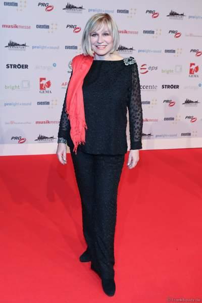 Mary Roos (bürgerlich Rosemarie Böhm; * 9. Januar 1949 als Rosemarie Schwab) beim PRG Live Entertainment Award (LEA) 2018 in der Festhalle in Frankfurt