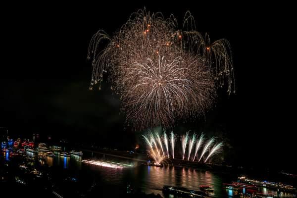 Rhein in Flammen – Nacht der 1000 Feuer in Oberwesel 2018 mit Musikfeuerwerk Eclipse - The Great Gig In The Sky - Pink Floyd