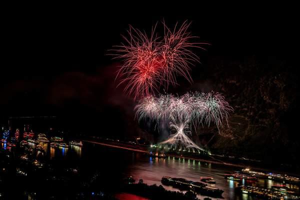 Feuerwerk Eclipse - The Great Gig In The Sky - Pink Floyd - Rhein in Flammen 2018 in Oberwesel