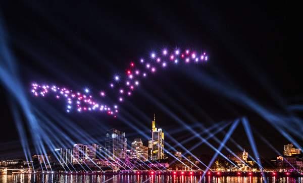 Der Frankfurter Adler bei der Drohnen- und Lichtshow STERNENBILDER – EINE SYMPHONIE FÜR DIE FRANKFURTER ALTSTADT 2018