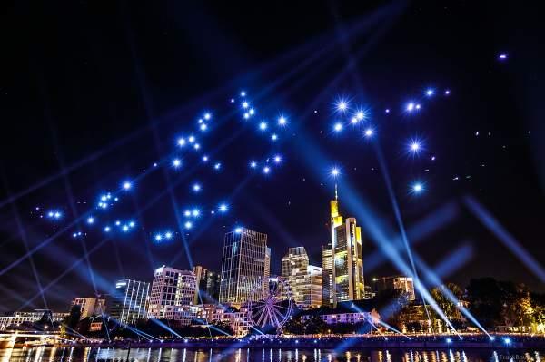 Drohnen- und Lichtshow STERNENBILDER – EINE SYMPHONIE FÜR DIE FRANKFURTER ALTSTADT 2018