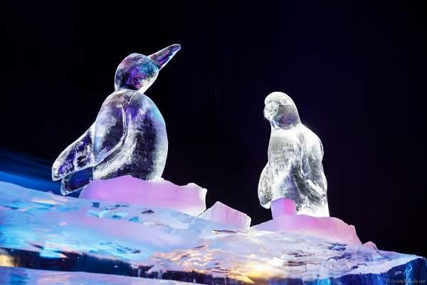 Delfine aus Eis bei der Eisskulpturen Ausstellung RULANTICA aus EIS – Snorris funkelnde Wasserwelt im Europa-Park zur Wintersaison 2018/2019