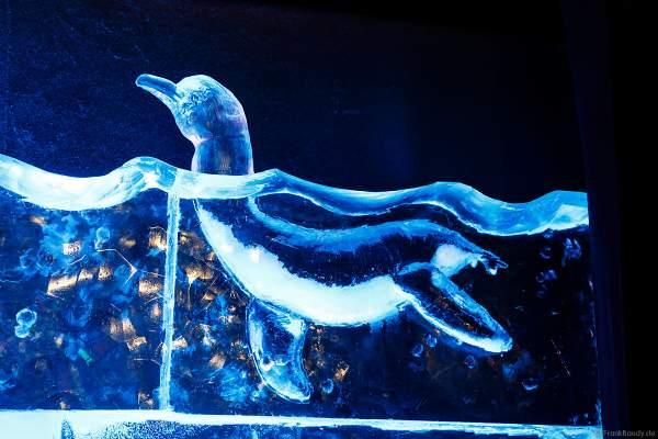 Ein Delfin aus Eis bei der Eisskulpturen Ausstellung RULANTICA aus EIS – Snorris funkelnde Wasserwelt im Europa-Park zur Wintersaison 2018/2019