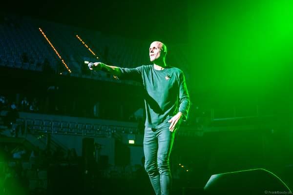 Der belgische Singer-Songwriter Milow bei Night of the Proms 2018 in der SAP Arena Mannheim
