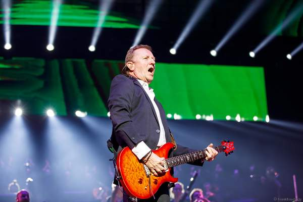 John Miles bei Night of the Proms 2018 in der SAP Arena Mannheim