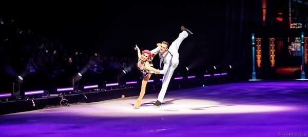 Valentina Marchei und Colin Grafton bei der Eisshow SHOWTIME von Holiday on Ice in der Festhalle Frankfurt und SAP Arena Mannheim 2018-2019