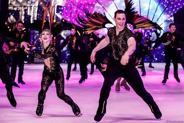 Eiskunstlauf-Olympiasieger Aljona Savchenko und Bruno Massot beim Finale der Eisshow SHOWTIME von Holiday on Ice in der Festhalle Frankfurt und SAP Arena Mannheim 2018-2019