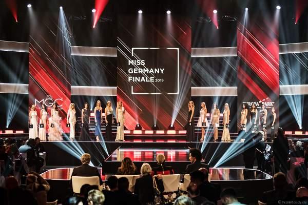 Miss Baden-Württemberg 2019 - Nadine Berneis, Miss Bayern 2018/19 - Verena Mann, Miss Berlin 2018/19 - Illa-Lisa Albers, Brandenburg 2018/19 - Marie-Charlott Köhler, Miss Bremen 2018/19 - Marianne Kock, Miss Hamburg 2018/19 - Pricilla Klein, Miss Hessen 2018/19 - Saida Rovcanin, Miss Mecklenburg-Vorpommern 2018/19 - Lena Rottloff, Miss Niedersachsen 2018/19 - Sarah Wipperfürth, Miss Nordrhein-Westfalen - Lara-Kristin, Miss Rheinland-Pfalz 2018/19 - Alina Cara Beyer, Miss Saarland 2018/19 - Miriam Cissé, Miss Sachsen 2018/19 - Anastasia Aksak, Miss Sachsen-Anhalt 2018/19 - Celine Peschek, Miss Schleswig-Holstein 2018/19 - Lara Flatterich, Miss Thüringen 2018/19 - Natali Grekov beim Finale Miss Germany 2019