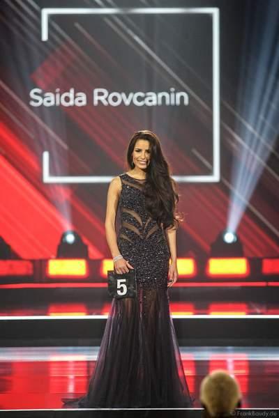 Miss Hessen 2018/19, Saida Rovcanin im Abendkleid auf dem Laufsteg beim Miss Germany 2019 Finale in der Europa-Park Arena am 23.02.2019