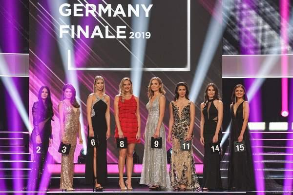 Die 8 Finalistinnen im Abendkleid beim Miss Germany 2019 Finale in der Europa-Park Arena am 23.02.2019