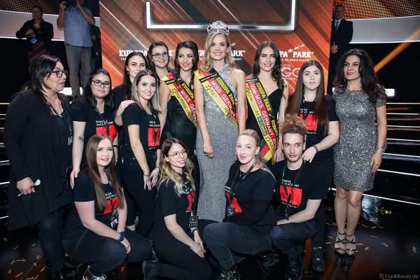 Gruppenfoto der Miss Germany 2019 Gewinnerinnen mit dem Styling-Team