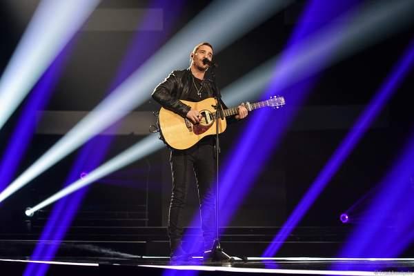 Auftritt des Singer-Songwriter Ignacio Uriarte beim Finale der Miss Germany Wahl 2019 in der Europa-Park Arena am 23.02.2019