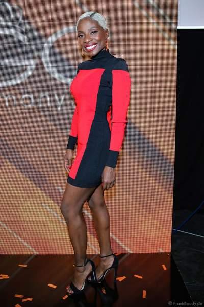Britische Tänzerin, Choreografin und Schauspielerin Nikeata Thompson beim Finale der Miss Germany Wahl 2019 in der Europa-Park Arena am 23.02.2019