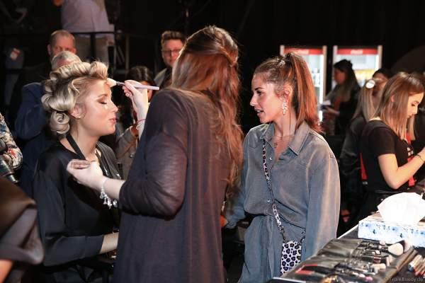 Sarah Lombardi besucht Miss Niedersachsen 2018/19, Sarah Wipperfürth Backstage am Nachmittag bei den Vorbereitungen für das Miss Germany 2019 Finale in der Europa-Park Arena am 23.02.2019