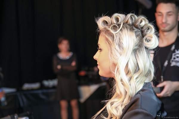 Miss Niedersachsen 2018/19, Sarah Wipperfürth Backstage am Nachmittag bei den Vorbereitungen für das Miss Germany 2019 Finale in der Europa-Park Arena am 23.02.2019