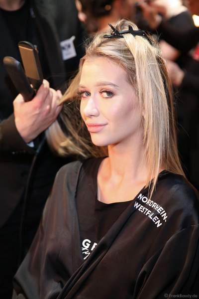 Miss Nordrhein-Westfalen, Lara-Kristin Bayer Backstage am Nachmittag bei den Vorbereitungen für das Miss Germany 2019 Finale in der Europa-Park Arena am 23.02.2019