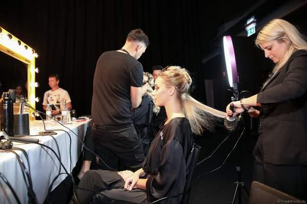Miss Berlin 2018/19, Illa-Lisa Albers Backstage am Nachmittag bei den Vorbereitungen für das Miss Germany 2019 Finale in der Europa-Park Arena am 23.02.2019