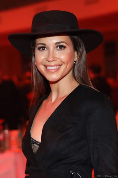 Sängerin Mandy Grace Capristo auf der After-Show-Party beim PRG Live Entertainment Award (LEA) 2019 in der Festhalle in Frankfurt