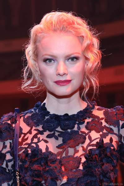 Model Franziska Knuppe auf der After-Show-Party beim PRG Live Entertainment Award (LEA) 2019 in der Festhalle in Frankfurt