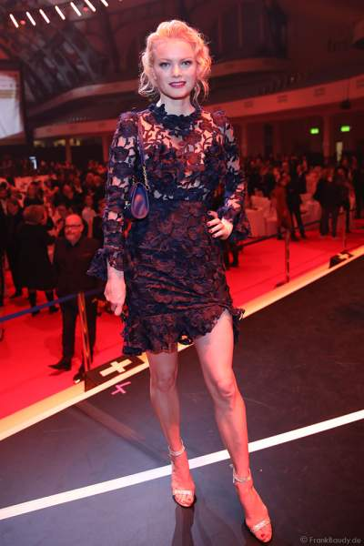 Franziska Knuppe auf der After-Show-Party beim PRG Live Entertainment Award (LEA) 2019 in der Festhalle in Frankfurt