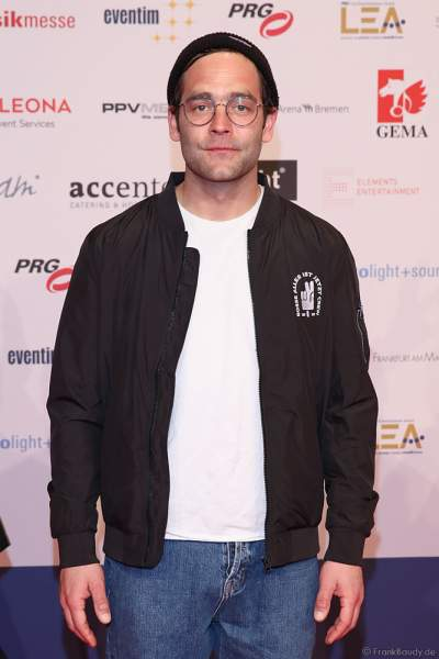 Musiker Axel Bosse beim PRG Live Entertainment Award (LEA) 2019 in der Festhalle in Frankfurt