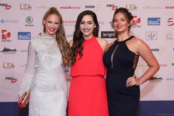 Vanessa Prinz, Nathalie Zengin und Ernestine Palmert beim PRG Live Entertainment Award (LEA) 2019 in der Festhalle in Frankfurt