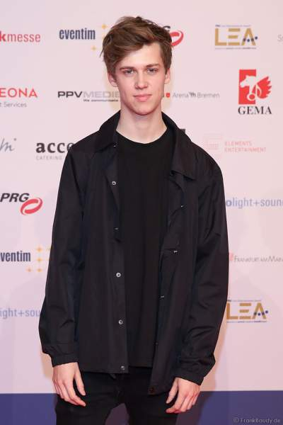 Musiker Jannik Brunke beim PRG Live Entertainment Award (LEA) 2019 in der Festhalle in Frankfurt
