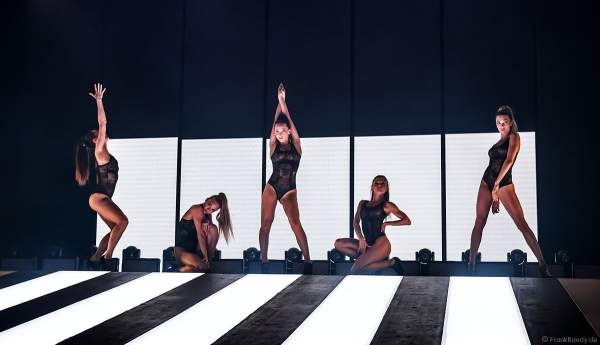 Impressionen aus der aktuellen Show der Night.Beat.Angels im Europa-Park 2019