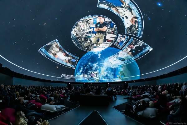 Filmabenteuer Mission Astronaut mit Raumfahrer Thomas Pesquet im 360 Grad-Kino TRAUMZEIT-DOME, Europa-Park 2019