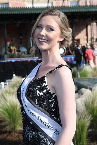 Miss Universe Sweden 2018 - Emma Strandberg Winkel bei der Eröffnungsfeier des neuen Themenhotel Kronasar im Europa-Park in Rust am 24.05.2019