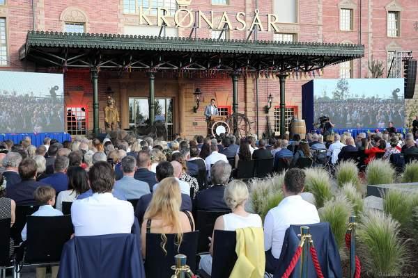 Festrede von Thomas Mack auf dem Blumenmarkt bei der Eröffnungsfeier des neuen Themenhotel Kronasar im Europa-Park in Rust am 24.05.2019