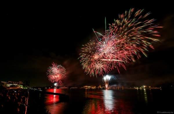 Spektakuläres Feuerwerk auf dem Rhein bei den Mainzer Sommerlichter 2019