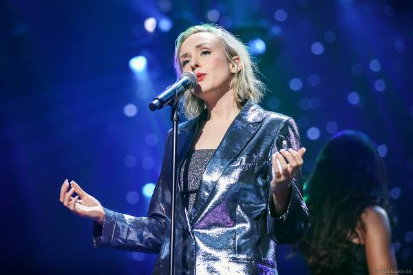 Leslie Clio bei Night of the Proms 2019 in der SAP Arena Mannheim