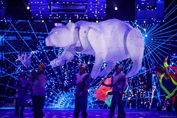 Traumhafte Kulisse mit Polarlichtern und Sternbildern bei der Eisshow SUPERNOVA von Holiday on Ice in der Festhalle Frankfurt und SAP Arena Mannheim 2019-2020