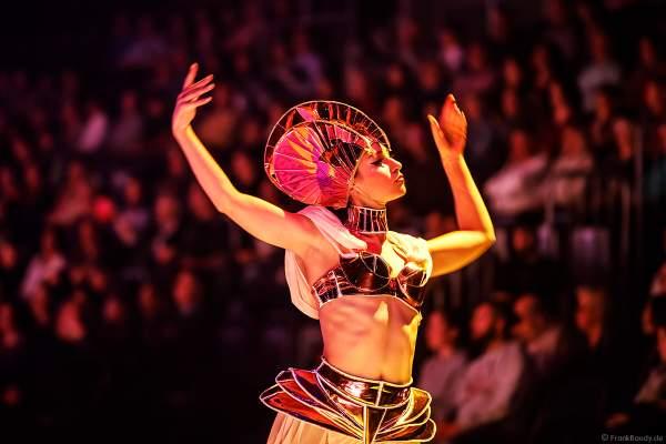 Patricia Kühne bei der Eisshow SUPERNOVA von Holiday on Ice in der Festhalle Frankfurt und SAP Arena Mannheim 2019-2020