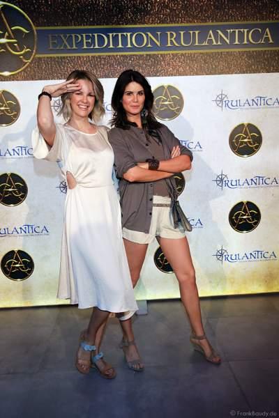 Monica Jasminka Meier-Ivancan mit Schwester Miriam Mack bei der Expedition Rulantica während der Adventure Night 2020 des Europa-Park