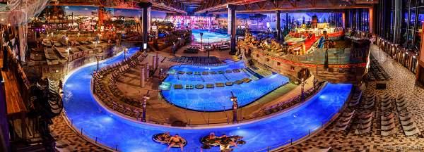 Innenansicht der Wasserwelt RULANTICA während der Adventure Night 2020 des Europa-Park