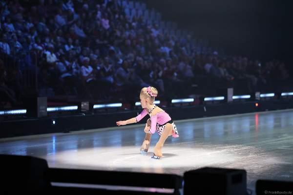 Eiskunstläuferin Shirley Scheffler als Holiday on Ice ACADEMY Nachwuchstalent bei der Show SUPERNOVA am 30. Januar 2020 in der SAP Arena Mannheim