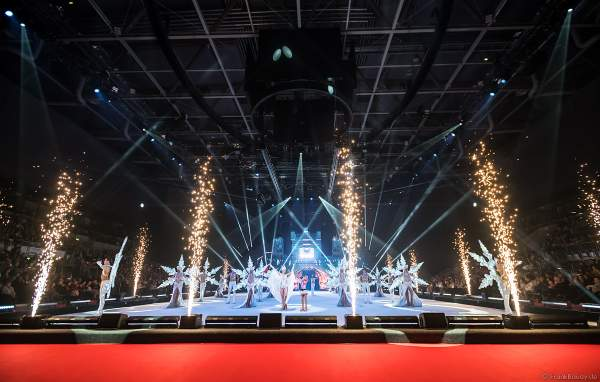 Eiskunstläuferin Shirley Scheffler als Holiday on Ice ACADEMY Nachwuchstalent beim Finale der Show SUPERNOVA am 30. Januar 2020 in der SAP Arena Mannheim