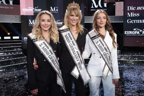 Siegerfoto: Vize-Miss Germany 2020 - Lara Rúnarsson (Miss Bayern), Miss Germany 2020 - Leonie Charlotte von Hase (Miss Schleswig-Holstein), 3. Miss Germany 2020 - Michelle-Anastasia Masalis (Miss Hamburg)