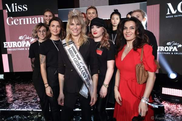 Miss Germany 2020 - Leonie von Hase mit dem Styling Team am 15.02.2020 in der Europa-Park Arena Rust