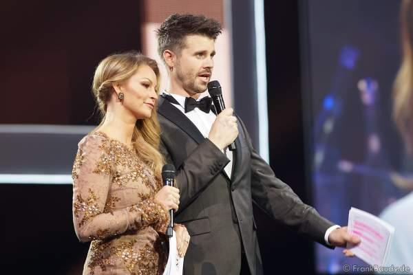 Moderatoren-Team Jana und Thore Schölermann bei der Miss Germany 2020 Wahl am 15.02.2020 in der Europa-Park Arena Rust