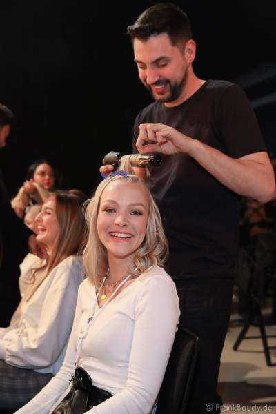 Miss Niedersachsen, Christin Stalling Backstage am Nachmittag bei den Vorbereitungen für das Miss Germany 2020 Finale in der Europa-Park Arena am 15.02.2020