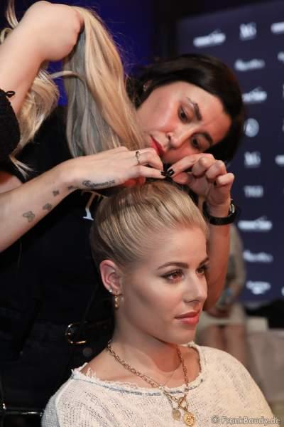 Miss Sachsen-Anhalt, Theresa Schultheiß Backstage am Nachmittag bei den Vorbereitungen für das Miss Germany 2020 Finale in der Europa-Park Arena am 15.02.2020