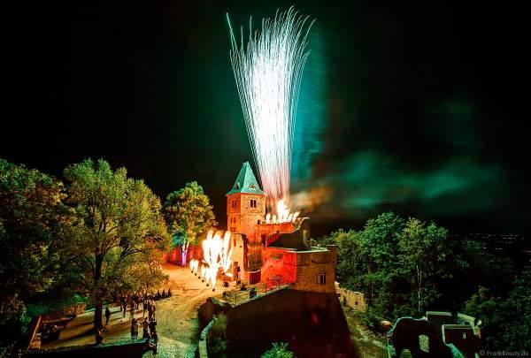 Flammenshow mit Feuerwerk zum 50-jährigen Jubiläum des Restaurants auf Burg Frankenstein am 10.09.2020
