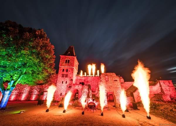 Proben zur Flammenshow zum 50-jährigen Jubiläum des Restaurants auf Burg Frankenstein am 10.09.2020