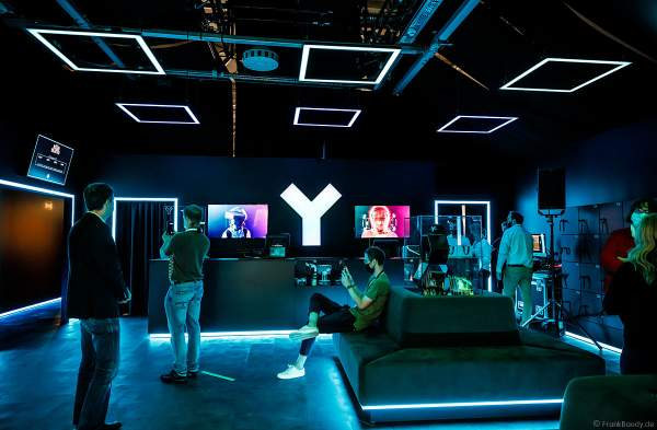 Ticketschalter und Anmeldung für das VR-Erlebnis YULLBE im Europa-Park