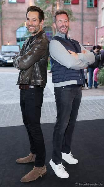 """Alexander Mazza und Jan Hartmann bei der Eröffnung der der neuen YULLBE Horror Experience """"Traumatica"""" im Europa-Park am 2. Oktober 2020"""