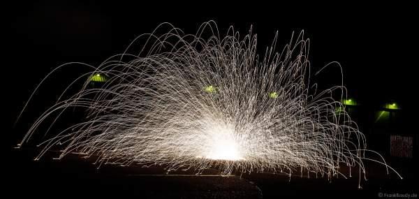 Big Whoppers - Lesli beim Silvesterfeuerwerk-Vorschießen der Firma Beisel Pyrotechnik 2020-2021 - E210 Event-Hangar Rheinmünster Baden